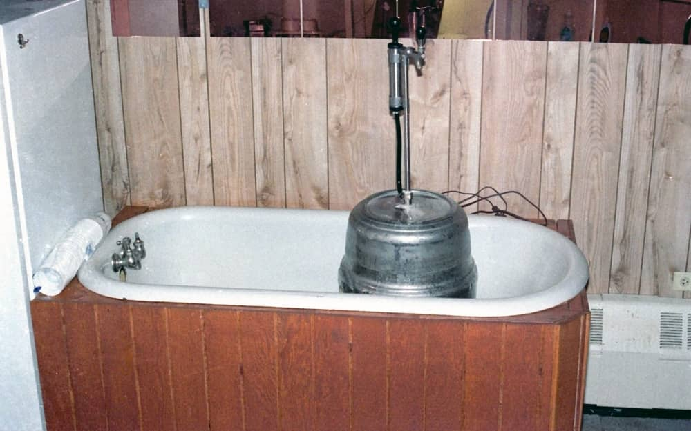 the best use of an old bathtub